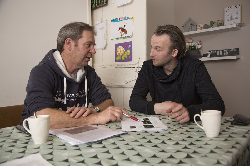 Pieter (r.) en Wageningen-expert Jean-Marie Michielsen.